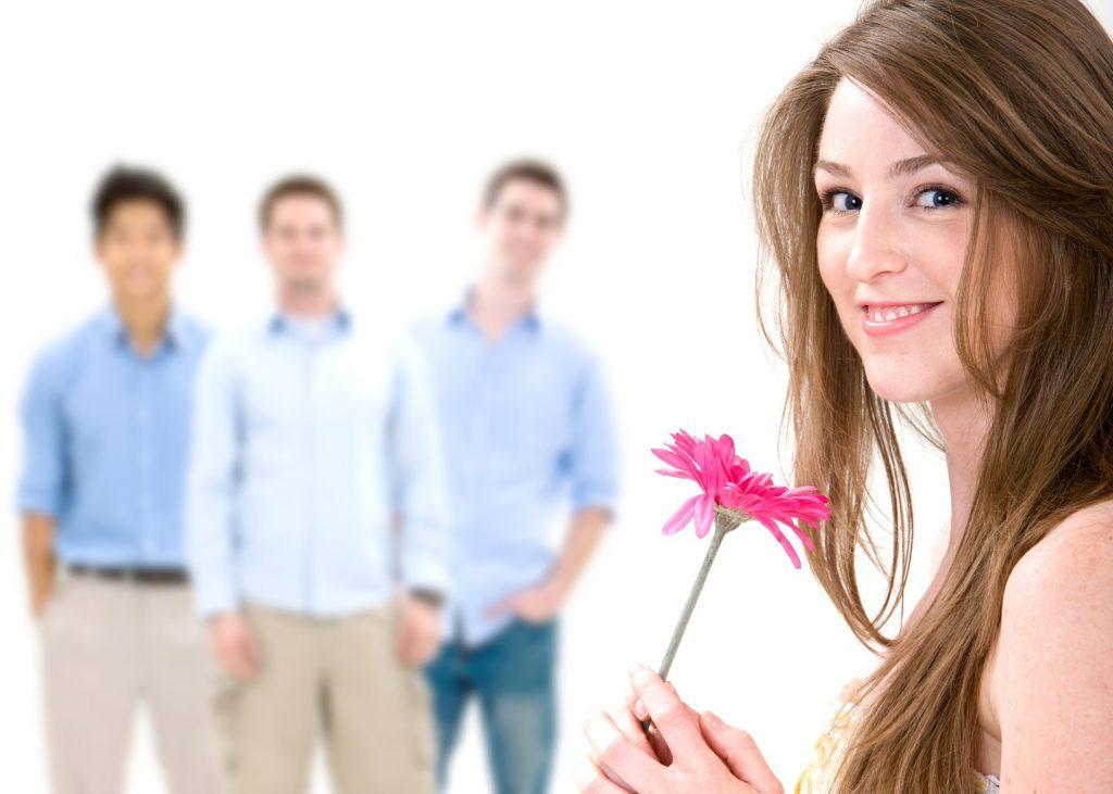 Девушка популярна среди мужчин - качества идеальной девушки